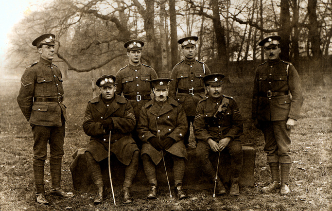 a mystery photo ... which regiment or unit are these men